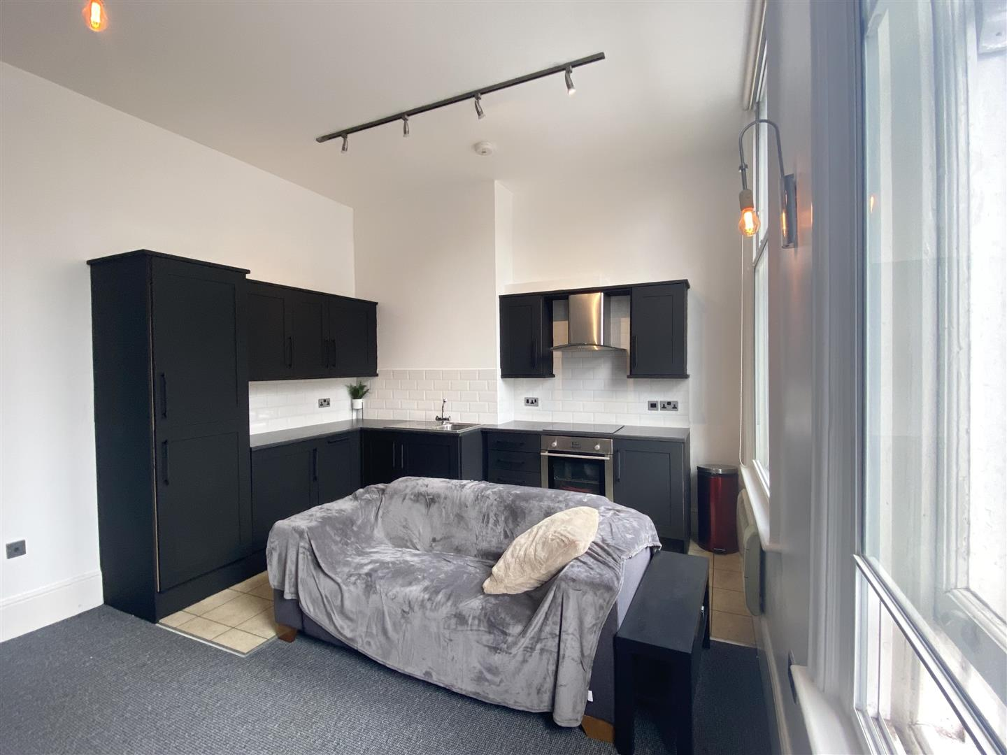 Dean Street Newcastle Upon Tyne, 2 Bedrooms  Apartment ,For Sale